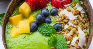 Minty Green Smoothie Bowl